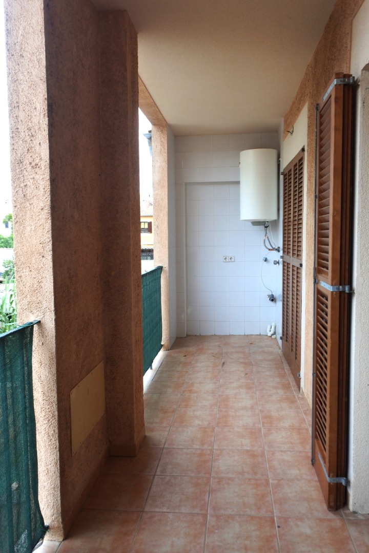 Location Appartement  Carrer major. Se alquila piso con entrada independiente en portol de 3 dormito