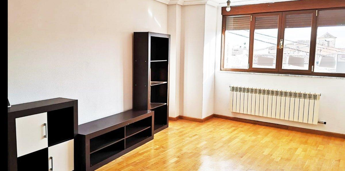 Piso  Cabrerizos ,cabrerizos. Urbis te ofrece un bonito piso en venta en cabrerizos, salamanca