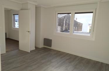 Apartamento en venta en Avenida Flores, 98, Carballo