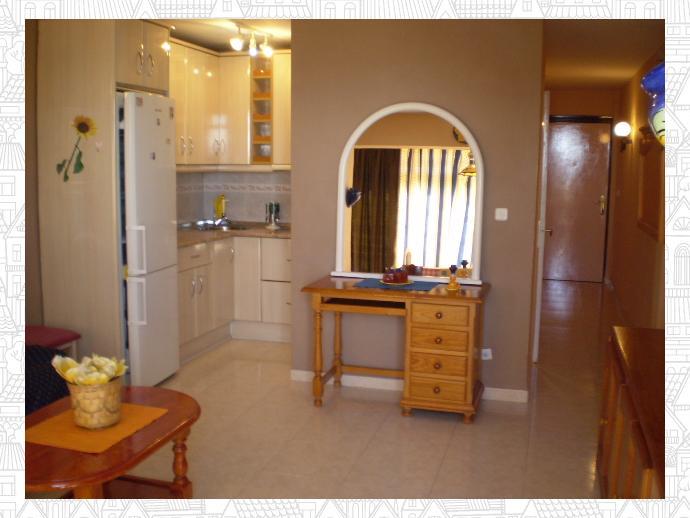 Foto 9 de Apartamento en Torremolinos - Centro / Centro, Torremolinos