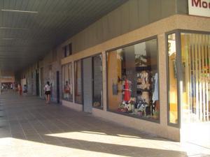 Alquiler Local comercial  mariano arregui
