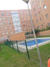 Piso en Alquiler en Sevilla Este-piso Amplio / Este - Alcosa- Torreblanca