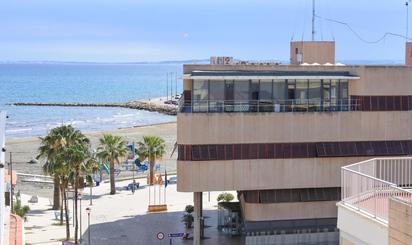 Pisos en venta en Calas de Santiago Bernabeu, Alicante