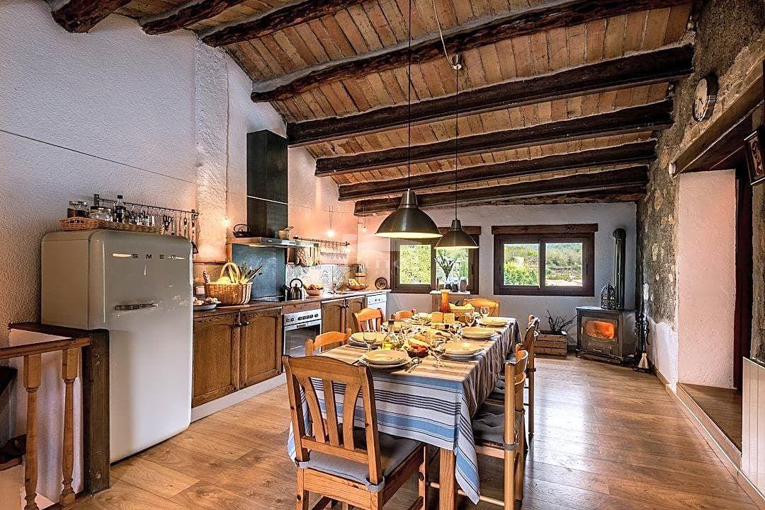 Casa  Calle. Esplendida propiedad ubicada en el pueblo de Pontons (de 450 hab