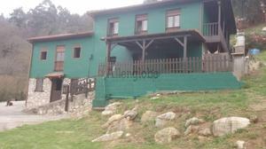 Casa-Chalet en Venta en Trubia (Trubia) / Somiedo