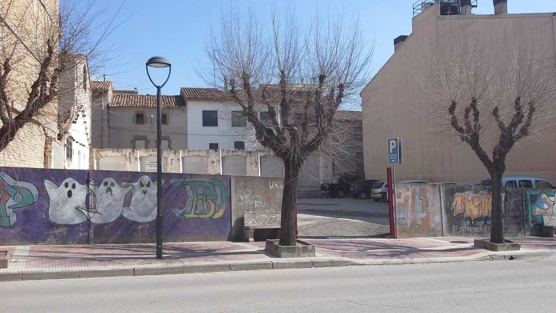 Solar urbà  Avenida pau casals