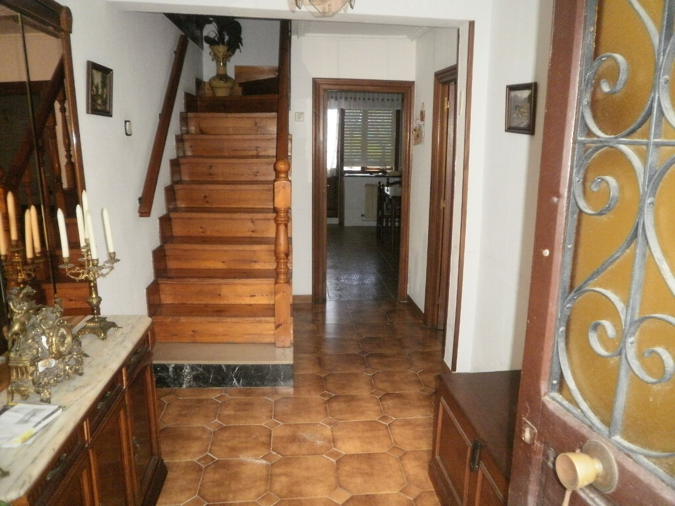 Casa adosada en alquiler en San Salvador