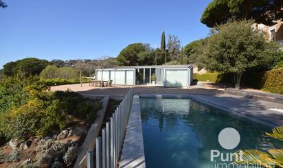 Chalets de alquiler con piscina en España