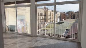 Piso en Alquiler en Francesc Cambó / Ciutat Vella