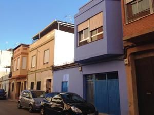 Casa adosada en Venta en Enrique Giner, 38 / Nules