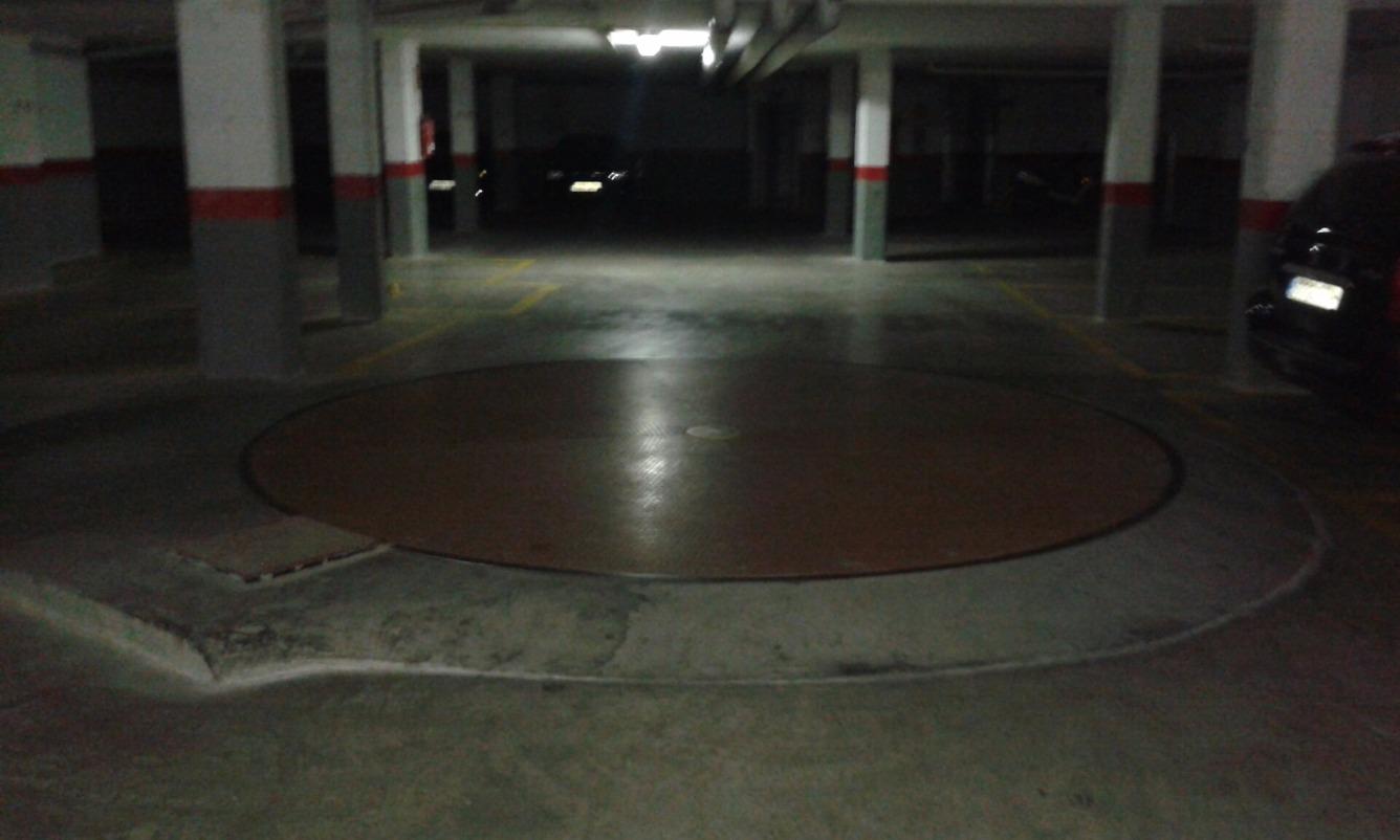 Aparcament cotxe  Avenida blasco ibañez, 71. ! oportunidad única de plaza de parking en venta con arrendatari