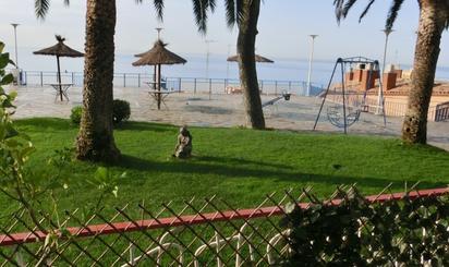 Viviendas y casas en venta con piscina en Canet de Mar