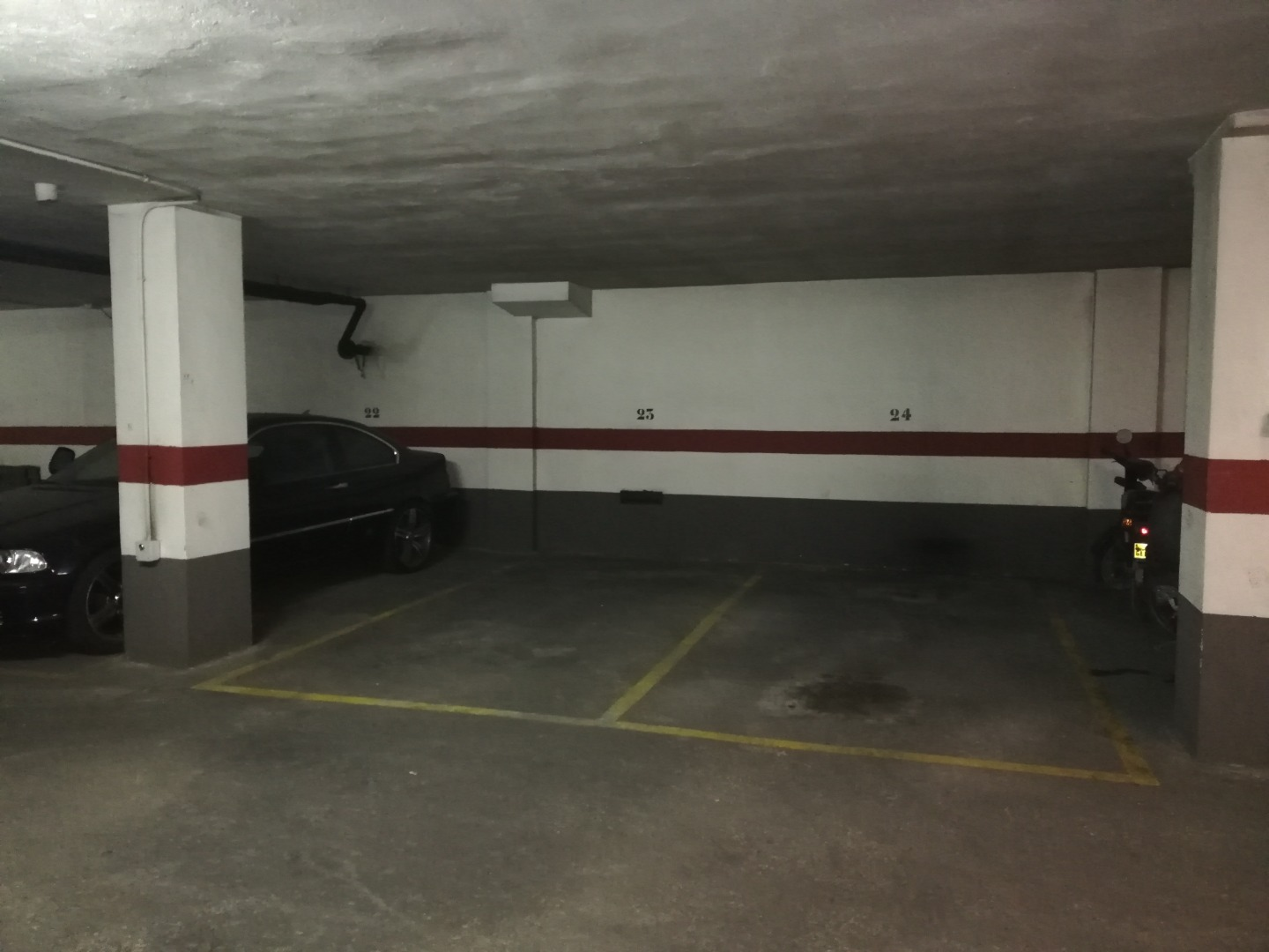 Car parking  Calle pais valenciano, 2