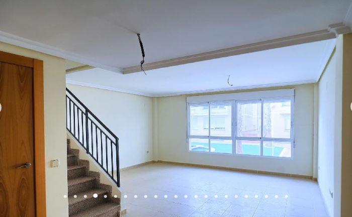 Haus  Avenida científico avelino corma, 36