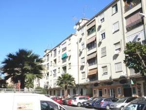 Piso en Venta en Avenida Doctor Mañas Bernabeu / Cruz de Humilladero