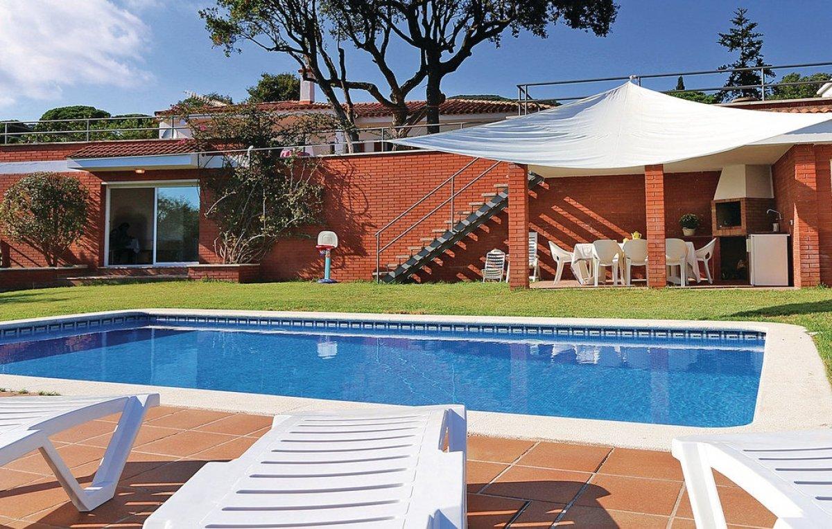 Casa  Sant cebria de vallalta ,urb. castellà d\'indies. Espectaculares vistas al mar y tranquilidad