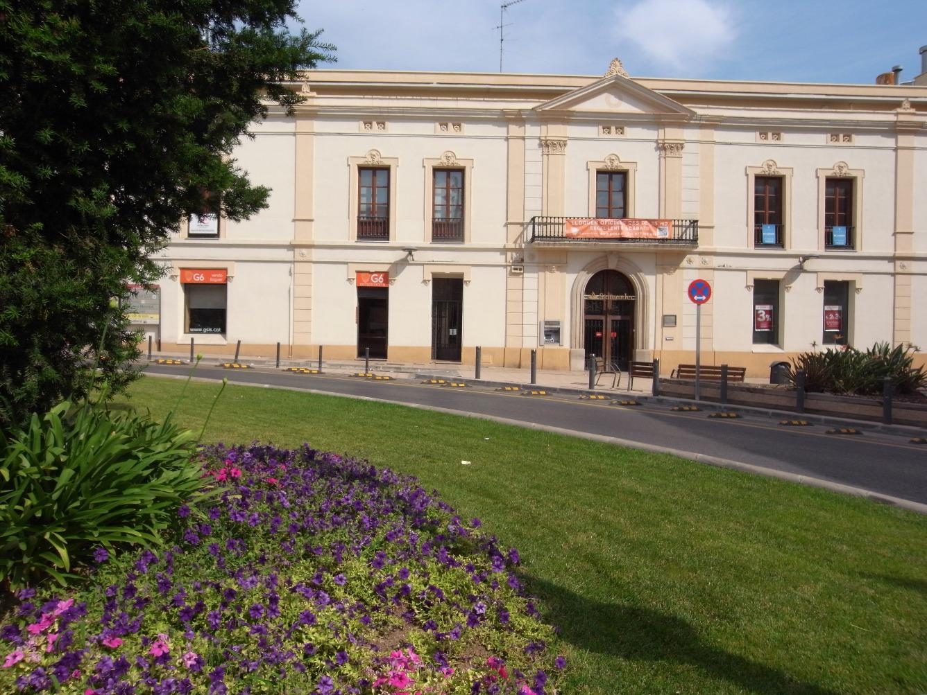 Lloguer Oficina  Plaza font de la manxa, 12. Al centro de Valls, muy bien situadas, nuevas, muy soleadas.