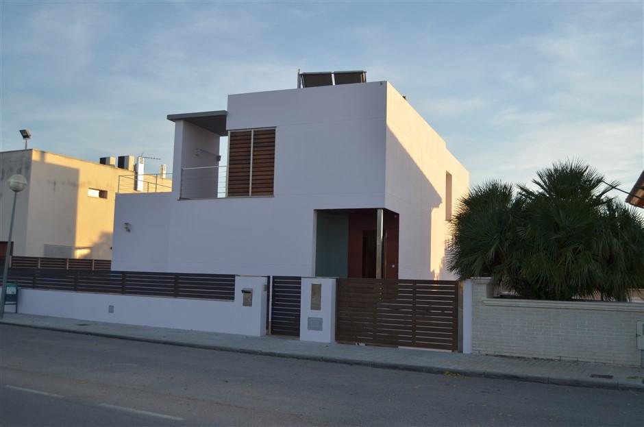 House  Puigpelat. Casa de lujo y diseño única con encanto, 293,3 m2 contruidos. ac
