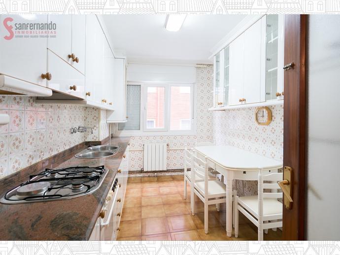 Piso en santander en numancia san fernando en calle san for Compartir piso santander