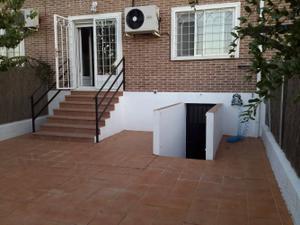 Casa adosada en Venta en Azuqueca de Henares - Vallehermoso / Vallehermoso