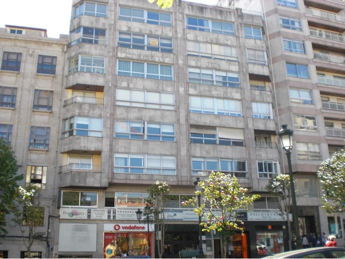 Foto 1 de Piso en  Gran Vía / Praza España - Casablanca, Vigo