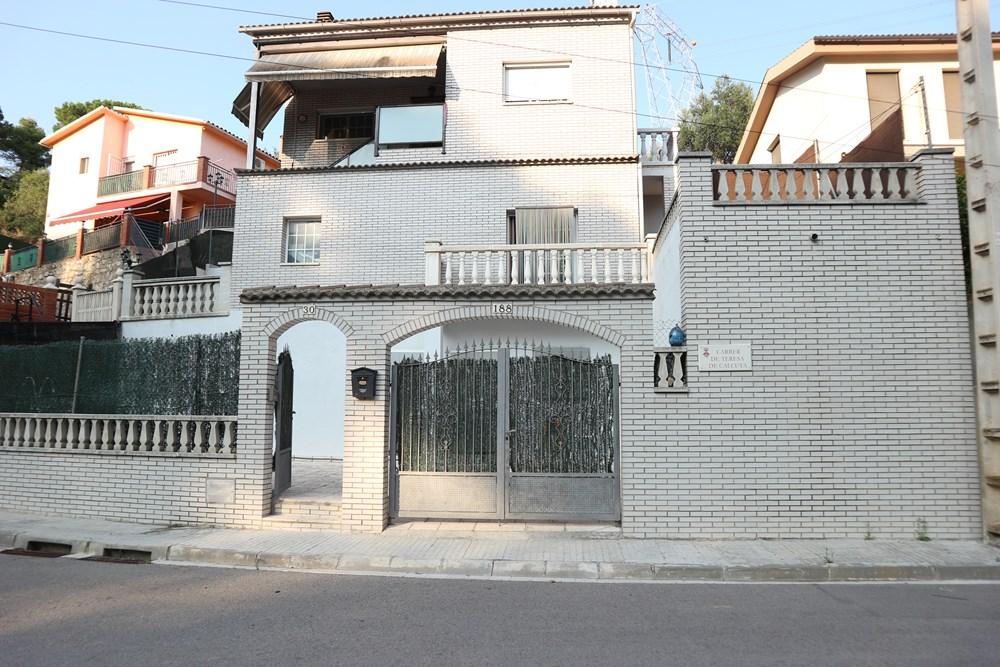 Casa en Castellnou-Can Mir-Can Solà