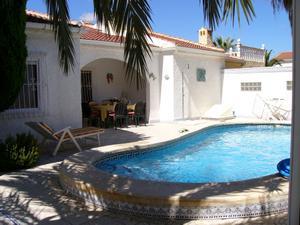 Casa adosada en Venta en Mil Palmeras / Pilar de la Horadada