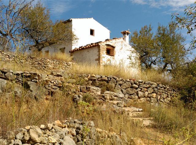 Casa  L'alcalatén - atzeneta del maestrat. Gran masia con terreno en atzeneta