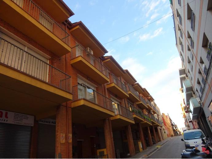 Foto 3 de Casa adosada en Calle Sant Salvador / Can Clos - Pinetons, Ripollet