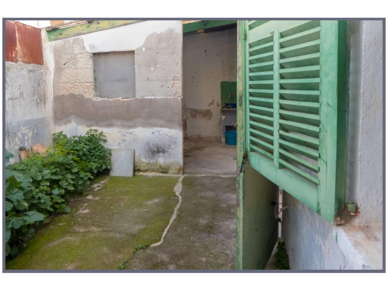 Casa  Calle antoni maura, sn. En los alrededores de la plaza de toros, en la zona des blanquer