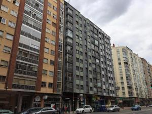 Piso en Venta en Vitoria / Gamonal – Villimar