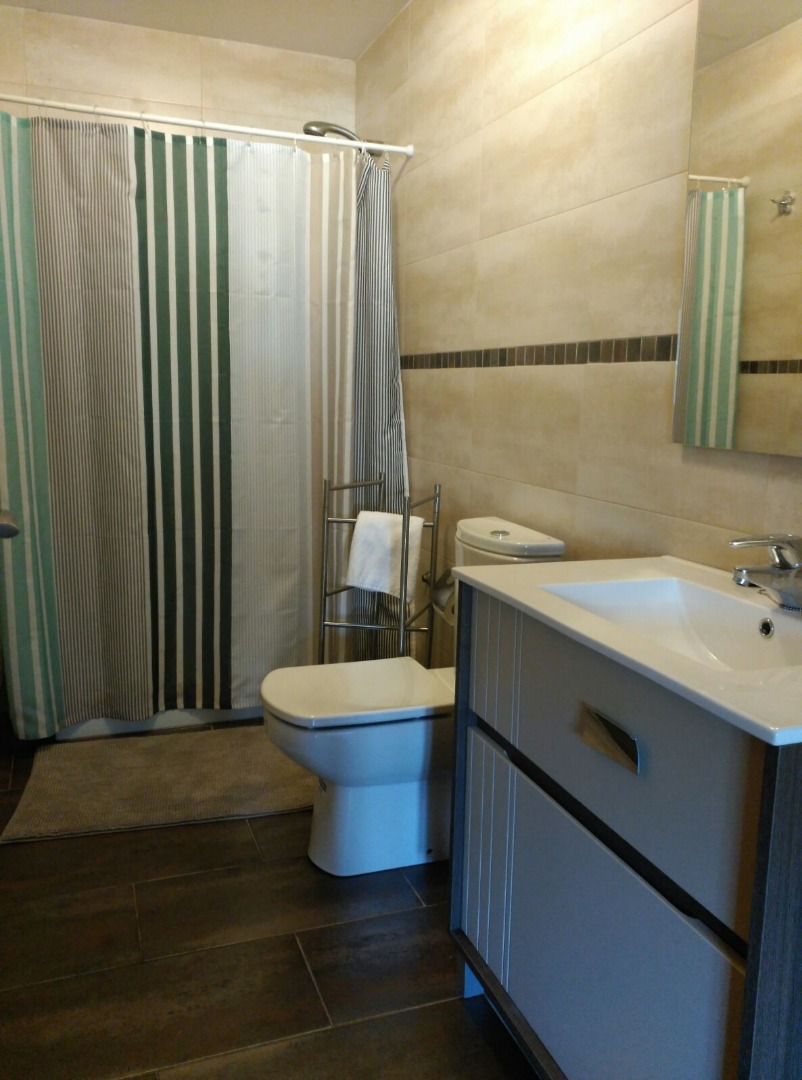 Casa en venta con 350 m2, 6 dormitorios  en Cangas de Onís (Cangas de
