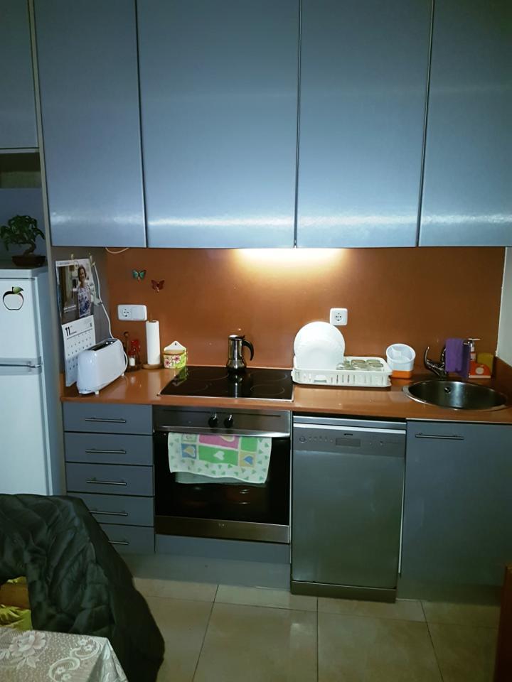 Piso  Carrer de roma. Piso muy buen estado, ventanas climalit, baño y cocina reformado