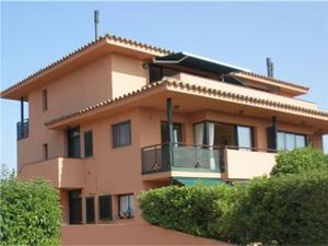 Dúplex en Venta en Torremirona Golf & Spa Resort / Navata