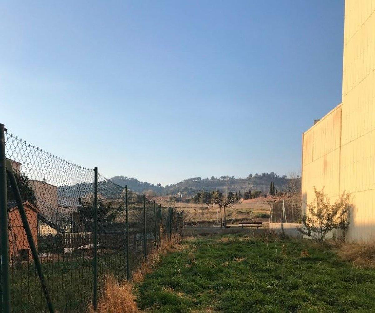 Solar urbà  Santpedor ,z. escoles. Terreno edificable en venta