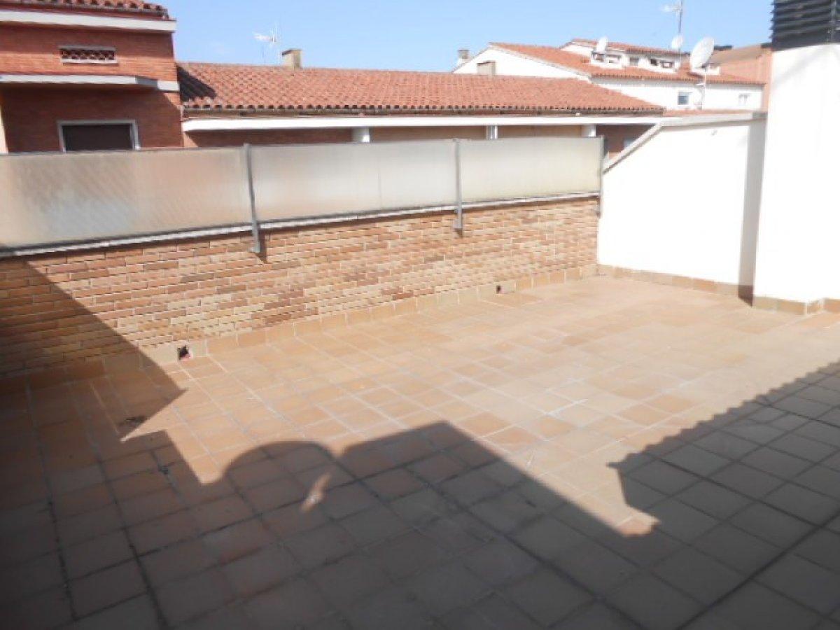 Lloguer Pis  Manresa ,plaça catalunya. Duplex de alquiler con dos terrazas 40m2-37m2 y estudio 32m2