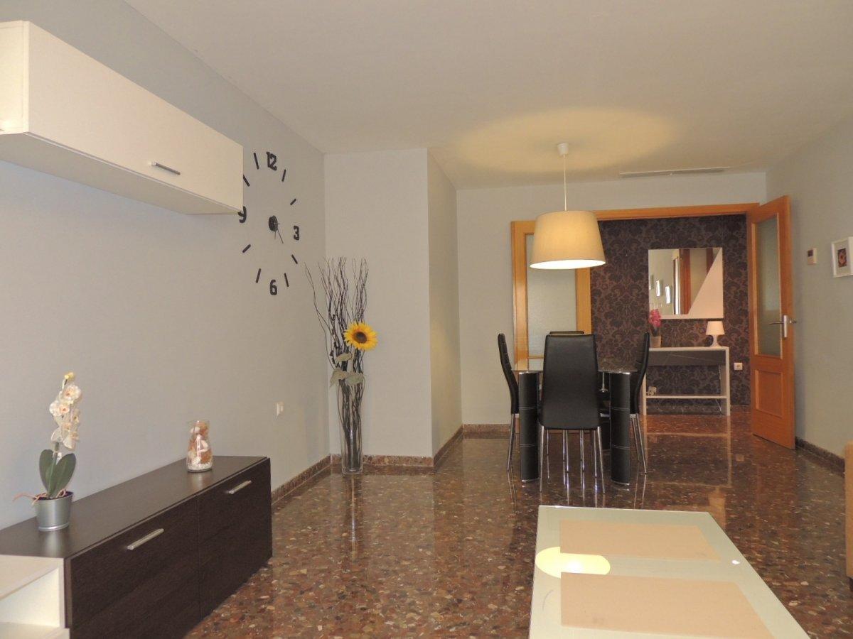 Location Appartement  Moncada ,seminario. ¡un lujo de piso para estudiantes!