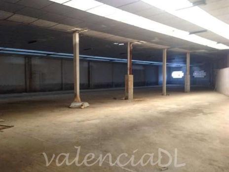 Naves industriales en venta con parking en España