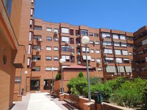 Piso en Alquiler en Teruel / Veredillas - Juncal - Zarzuela