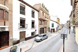 Chalet en Venta en Durcal ,centro / Dúrcal
