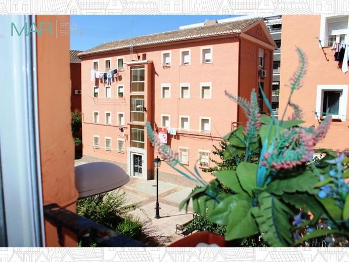 Foto 2 de Piso en Calle Rio Fardes / Barrio de Zaidín,  Granada Capital