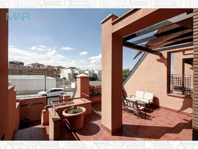 Foto 4 de Casa adosada en Calle Chimbombazo / Bola de Oro - Serrallo,  Granada Capital