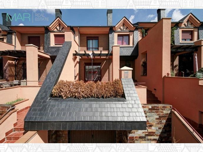 Foto 22 de Casa adosada en Calle Chimbombazo / Bola de Oro - Serrallo,  Granada Capital