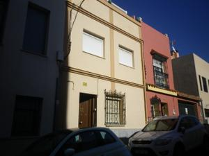 Casa adosada en Venta en Buen Aire / Casco Antiguo