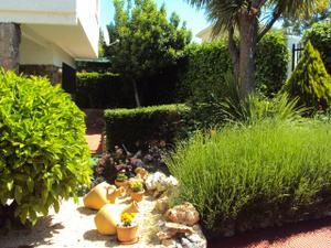 Venta Vivienda Casa-Chalet independiente - 4 dormitorios - piscina