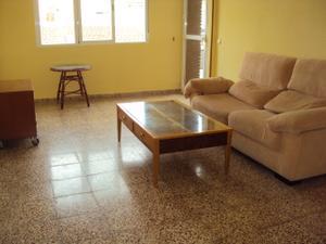 Alquiler Vivienda Piso 3 dormitorios-centro -calefacción-terraza-muy luminoso