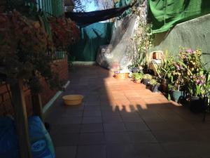 Piso en Venta en 3 Dormitorios con Patio y Trastero / Perlita