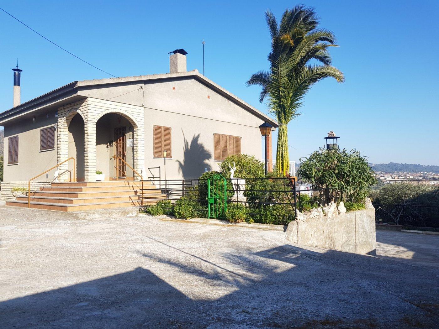 Casa  Esparreguera ,can vinyals