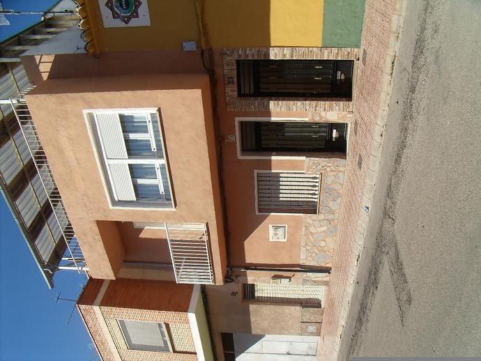 Foto 1 de Chalet en Calle Colon 21 / Caudete