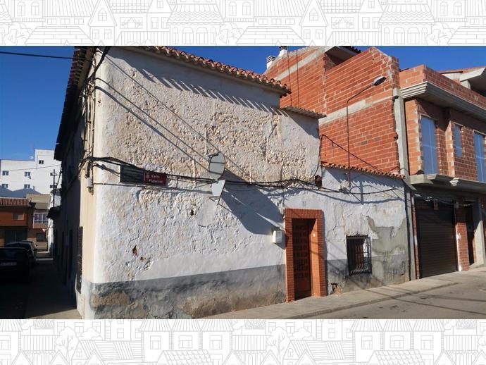 Foto 2 de Chalet en Calle Figueras 1 / Villarrobledo